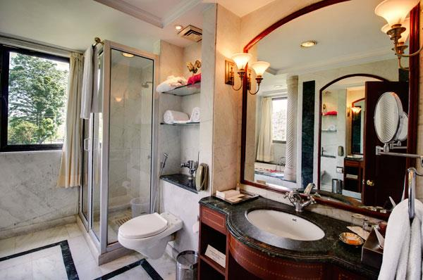 Presidential Suite Washroom